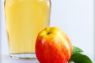 8 Health Benefits of Apple Cider Vinegar