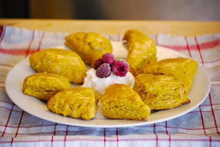 Pumpkin Scones with Mascarpone Icing: