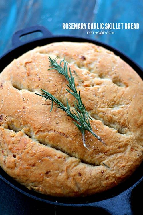 Rosemary and Garlic No-Knead Skillet Bread.