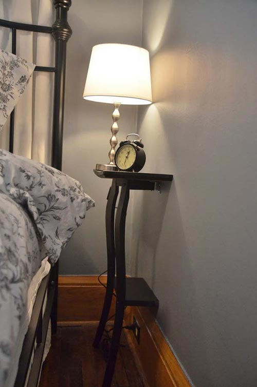 Small Bedroom Night Stand Solution