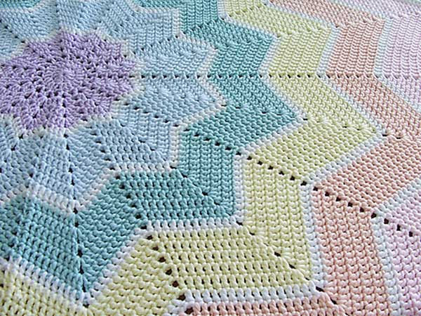 12 Beautiful Diy Crochet Baby Blankets Home And