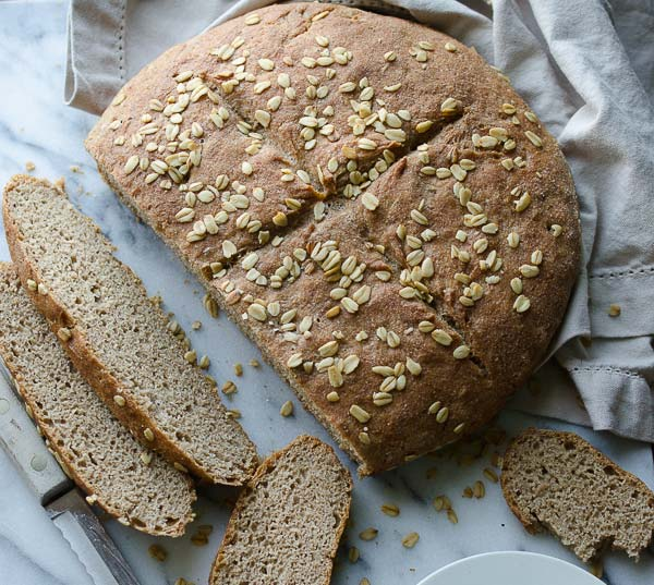 Whole Wheat No Knead Skillet Bread