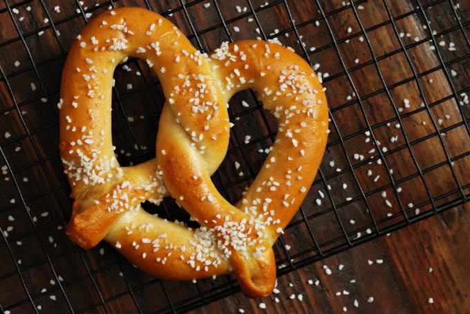 Homemade Amish Pretzels